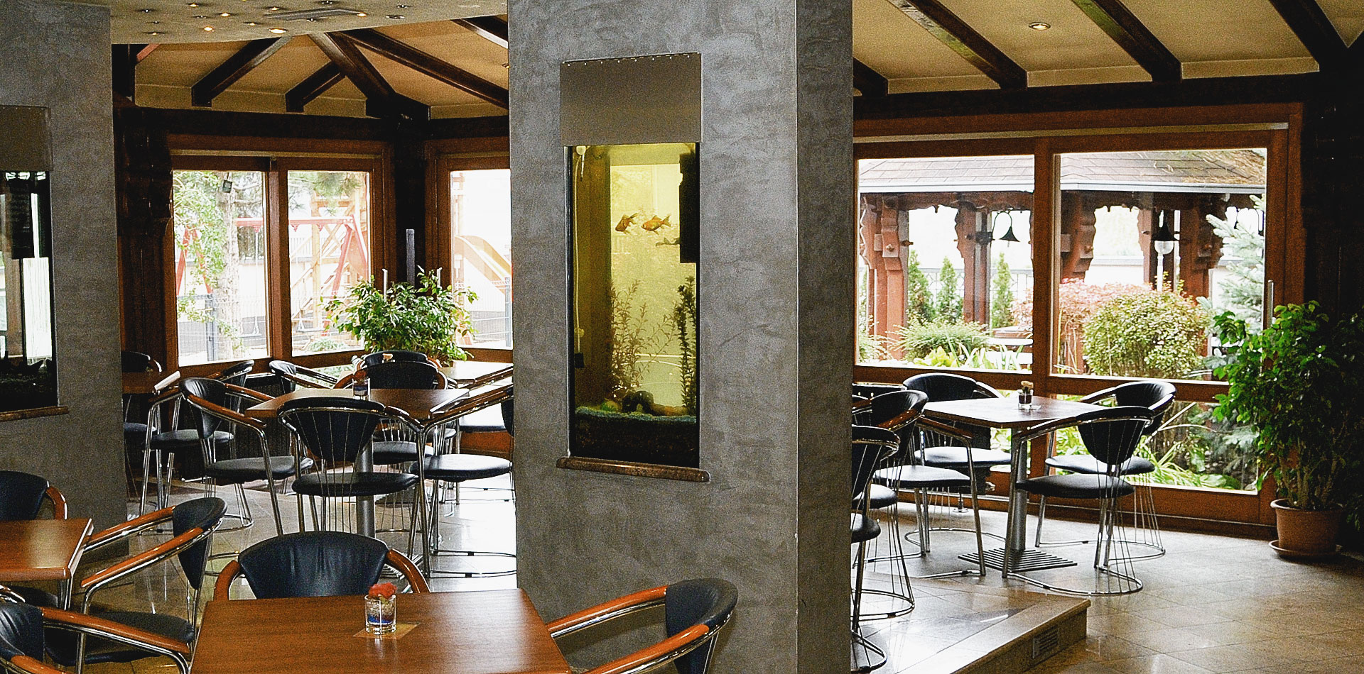 04-banner-restoran